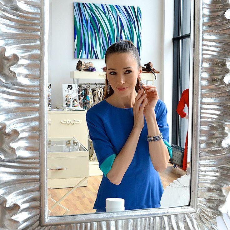Aktorka Dorota Czaja w biżuterii Fuerza. Fuerza #fuerza #aktorka #actress #collection #kolekcja #fashion #stylization #woman #kobieta #beautiful #look #bransoletki #bransoletka #bracelets #bracelet #jewelry
