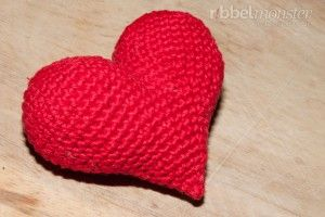 Häkelanleitung - Amigurumi Herz häkeln - Anleitung