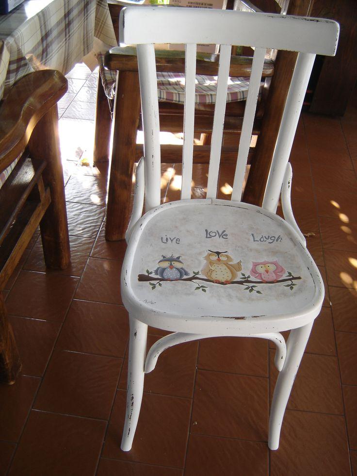 gufi dipinti su sedia rbpittura.blogspot.com