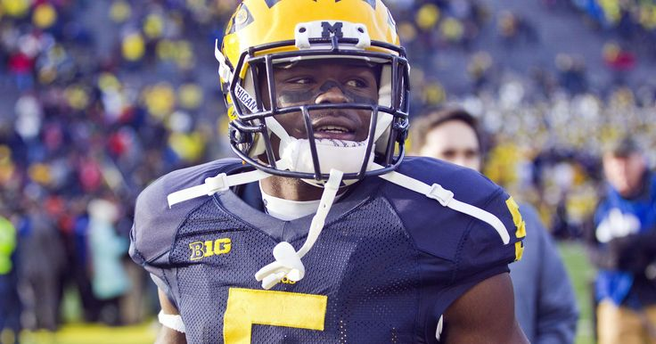 """Wolverines' Jabrill Peppers 'could explode into a giant of a man' """"The other day we had a lower-body workout and then we had our player-led practices,"""" tight end Jake Butt said Monday. """"Somebody did like a cartwheel or something. #fitwolverine http://www.freep.com/story/sports/college/university-michigan/wolverines/2016/07/26/mchigan-wolverines-jabrill-peppers/87557296/"""