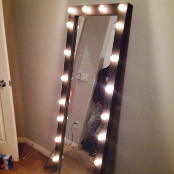 full length lighted vanity mirror by kateyedesigns on etsy 14354 | ede27a67f89c422344f61ea1513a65f3 lighted vanity mirror vanity mirrors