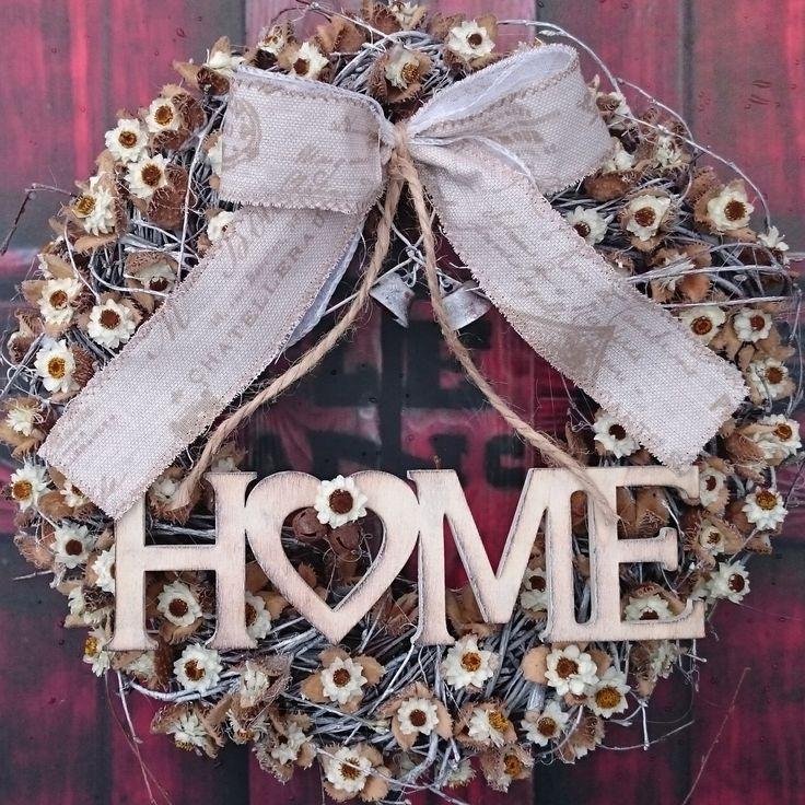 Home+a+zvonečky+Věneček+s+dřevěnou+dekorací+a+sušinou,+průměr+28+cm.