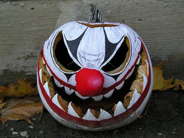 20 Cool And Scary Clown Halloween Decorations #cl…