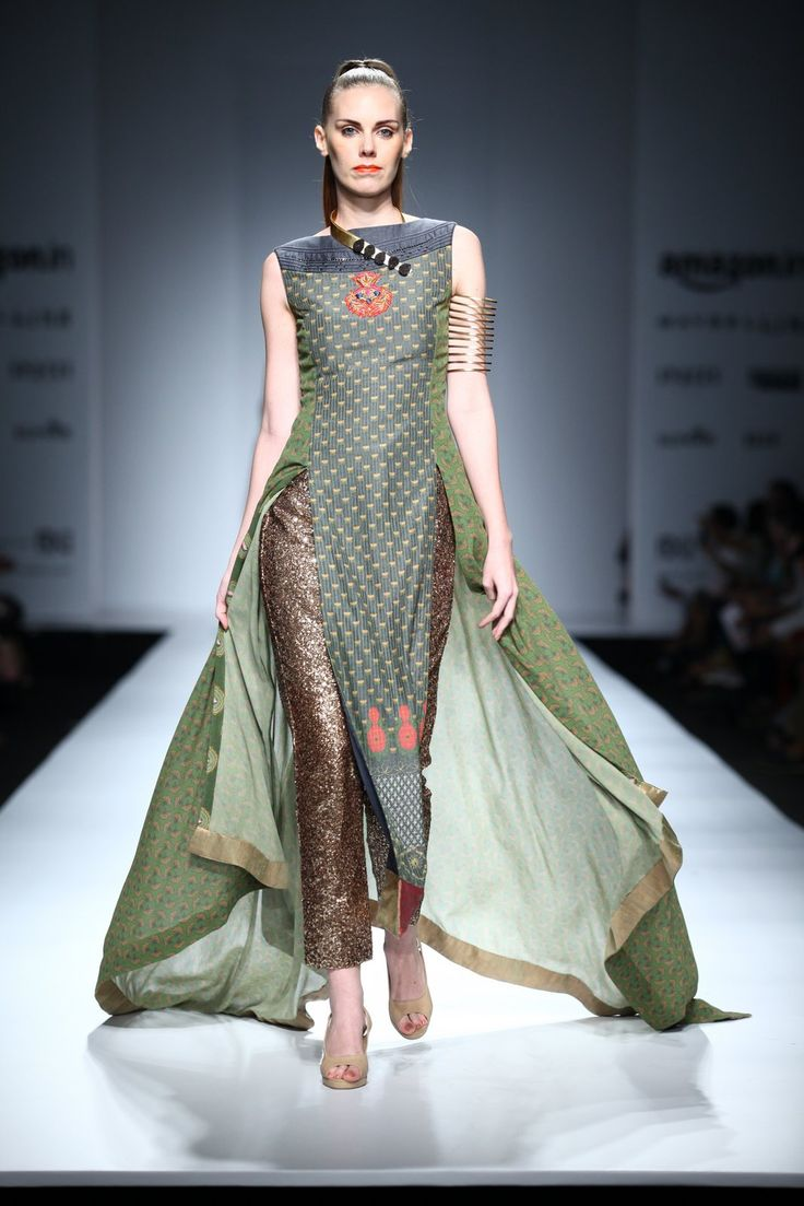 All the Looks From Virtues by Viral at Amazon India Fashion Week Spring/Summer 2016 -cosmopolitan.in