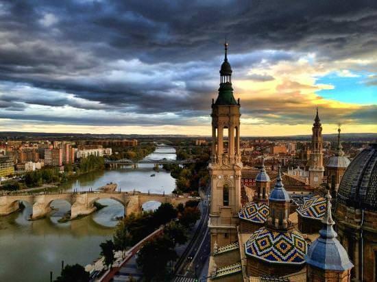 10 lugares donde disfrutar en Madrid de esta deliciosa costumbre anglosajona...ni desayuno, ni comida, ¡a disfrutar de un buen brunch!