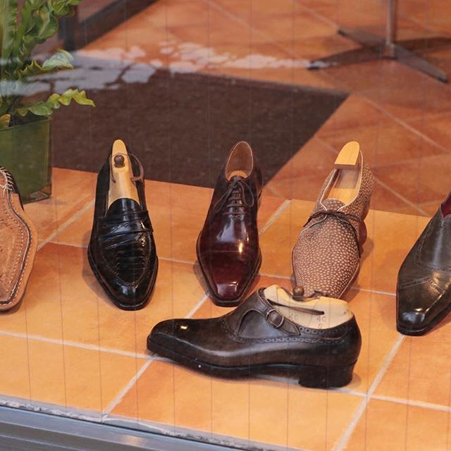 il Quadrifoglio @quadrifoglio_scarpe  Kobe Workshop Photography by @bespokemakers  #bespokemakers