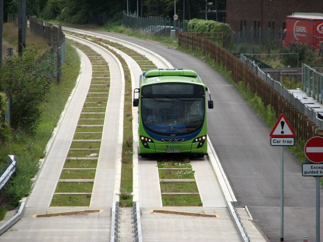 A #guided_bus on the #Cambridgeshire Guided #Busway #Guided_Busway ?UK