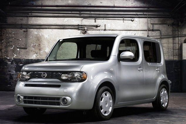 Is this the ugliest car ever or is it actually in fashion? See here... http://www.ebay.com/gds/10-Of-The-Most-Hipster-Cars-You-Can-Buy-/10000000178451917/g.html?roken2=ta.p3hwzkq71.bsports-cars-we-love #spon #Cars #Hipsters