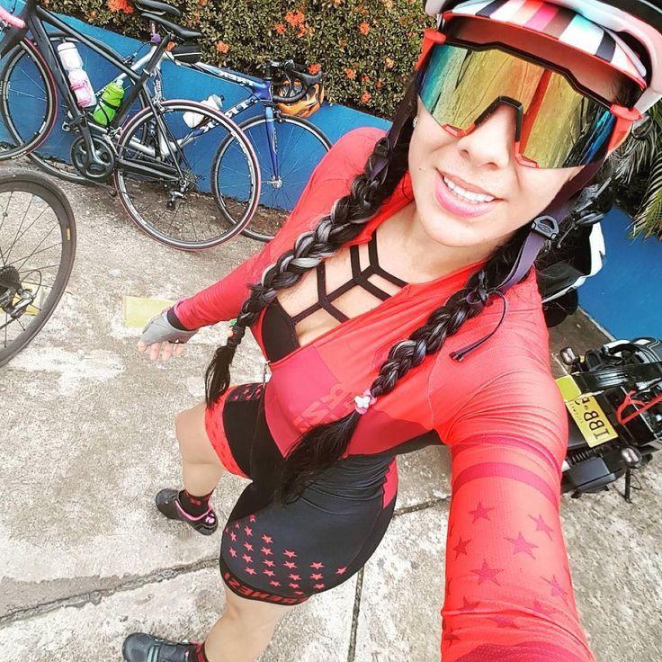 Repost from @fefer19 Bucaramanga - Barranca ❤ duros!! @frenesicali @tiendasport30 @labicicleteriabucaramanga @vhpenag ..Entrenando #embajadorasport30 #embajadorafrenesibucaramanga #mujeresalpedal #altodeletras2017