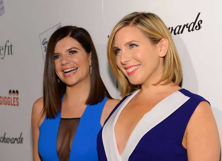 Casey Wilson And June Diane Raphael Are Making A Show About Women With Anger Issues For Hulu - http://nifyhealth.com/casey-wilson-and-june-diane-raphael-are-making-a-show-about-women-with-anger-issues-for-hulu/