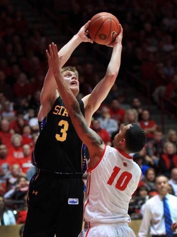 Nate Wolters scores D-I best 53 points, challenges 138-point scorer Jack Taylor