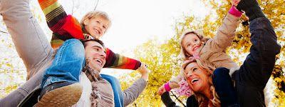 Ευτυχία για τα παιδιά είναι να ζουν και να τρώνε με ευτυχισμένους γονείς | ΜΠΑΜΠΑ ΕΛΑ