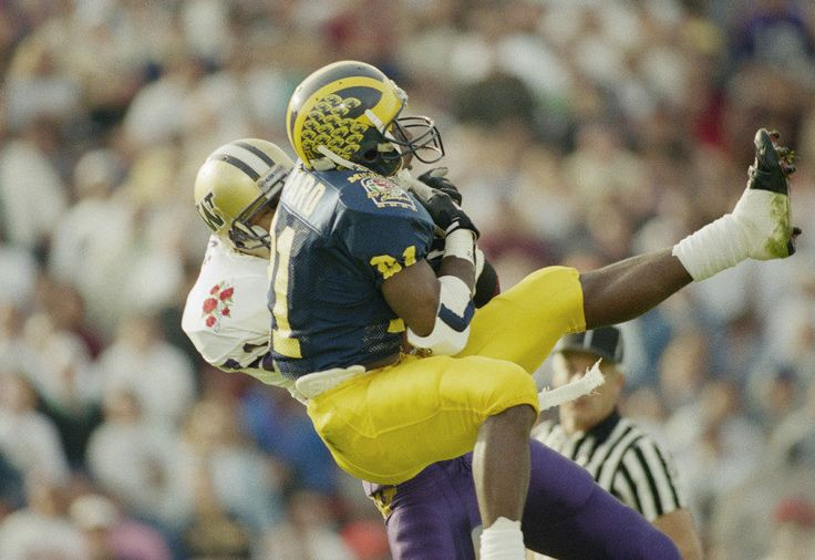 The Big Ten playoff picture: Michigan roots against Washington = It is already true that in a few highly positive ways, the 2016 college football season has recalled the 1991 season for the Michigan Wolverines. Now, the Maize and Blue hope the parallels will end. In 1991, Michigan.....