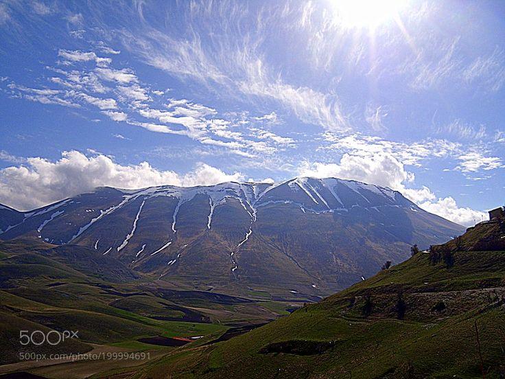 Popular on 500px : Montagne e dintorni di Norcia. by gianluigibonomini