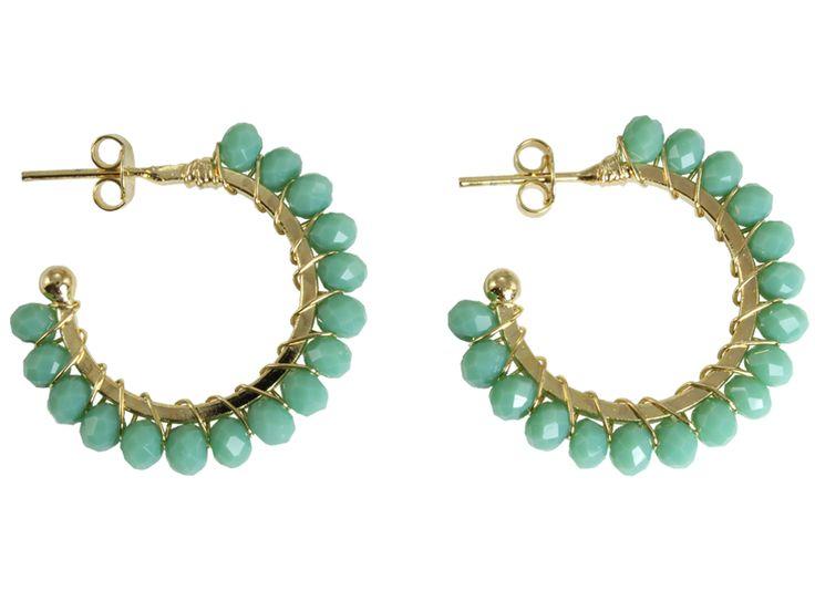 Argola com minis cristais verde! Folheada a ouro 18k!  #castelloreis #semijoias #argolas #moda