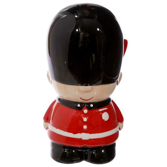 Money Box Guardsman Novelty Ceramic Gift Ideas by getgiftideas