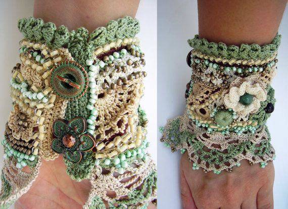 Handmade crochet cuff bracelet made of 100 % cotton thread. There are used different crochet techniques in creating this cuff bracelet – Irish crochet for flowers and several lace crochet patterns. It is a gentle cuff bracelet in boho style with a little vintage look. The main