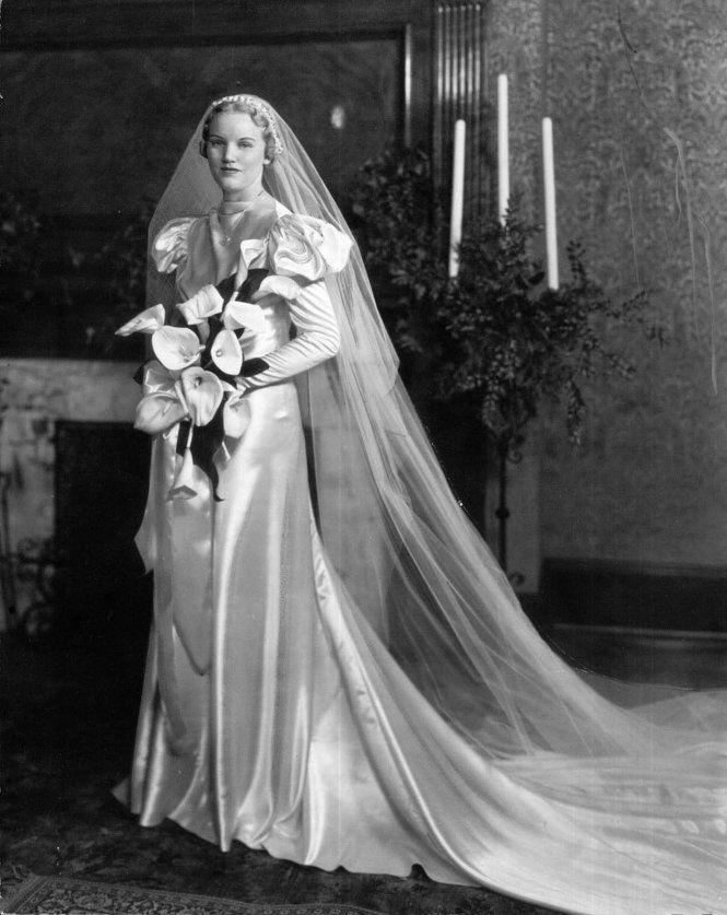 Brides Grooms Bridesmaids Wedding Dresses Cleveland