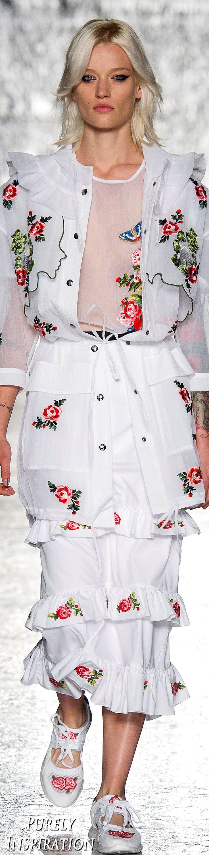 Vivetta SS2017 Women's Fashion RTW | Purely Inspiration