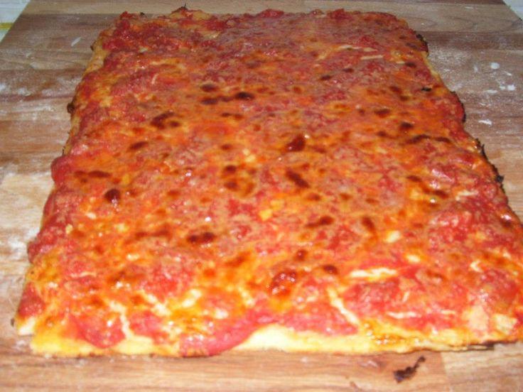 E se vi dicessi Bonci??????? Non vi viene in mente la prova del cuoco……..e le sue pizze belle alte e soffici??? Bonci è uno chef che adora proprio lavorare