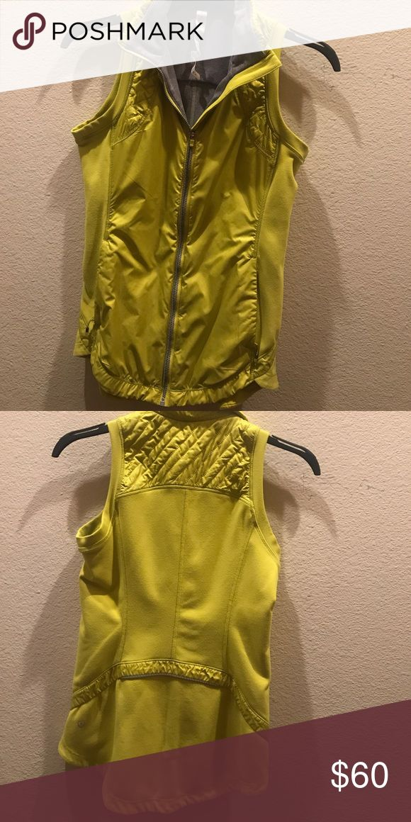 Lululemon vest Good condition only worn 2 times!! lululemon athletica Tops Tank Tops