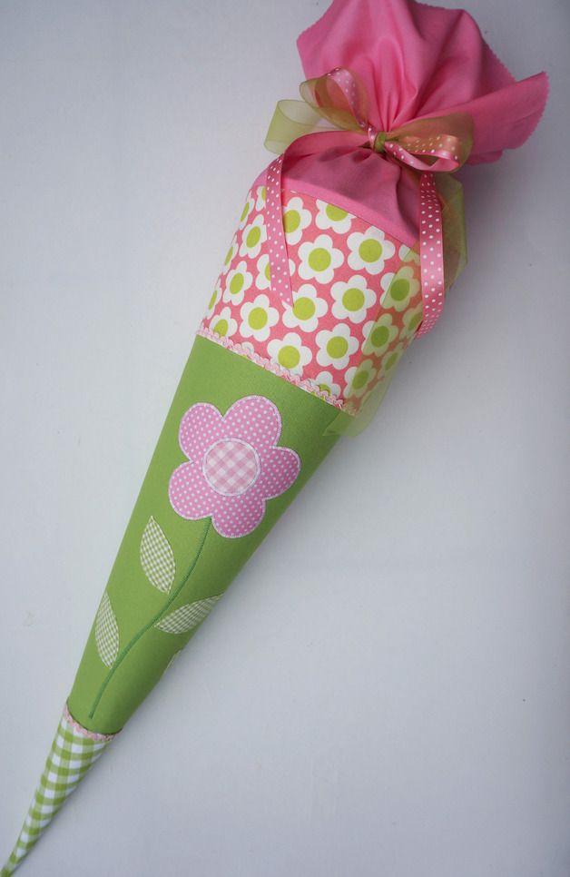 Schultüten - Schultüte, Zuckertüte, Blume, handgenäht aus Ba... - ein Designerstück von ruhrgebluemt bei DaWanda