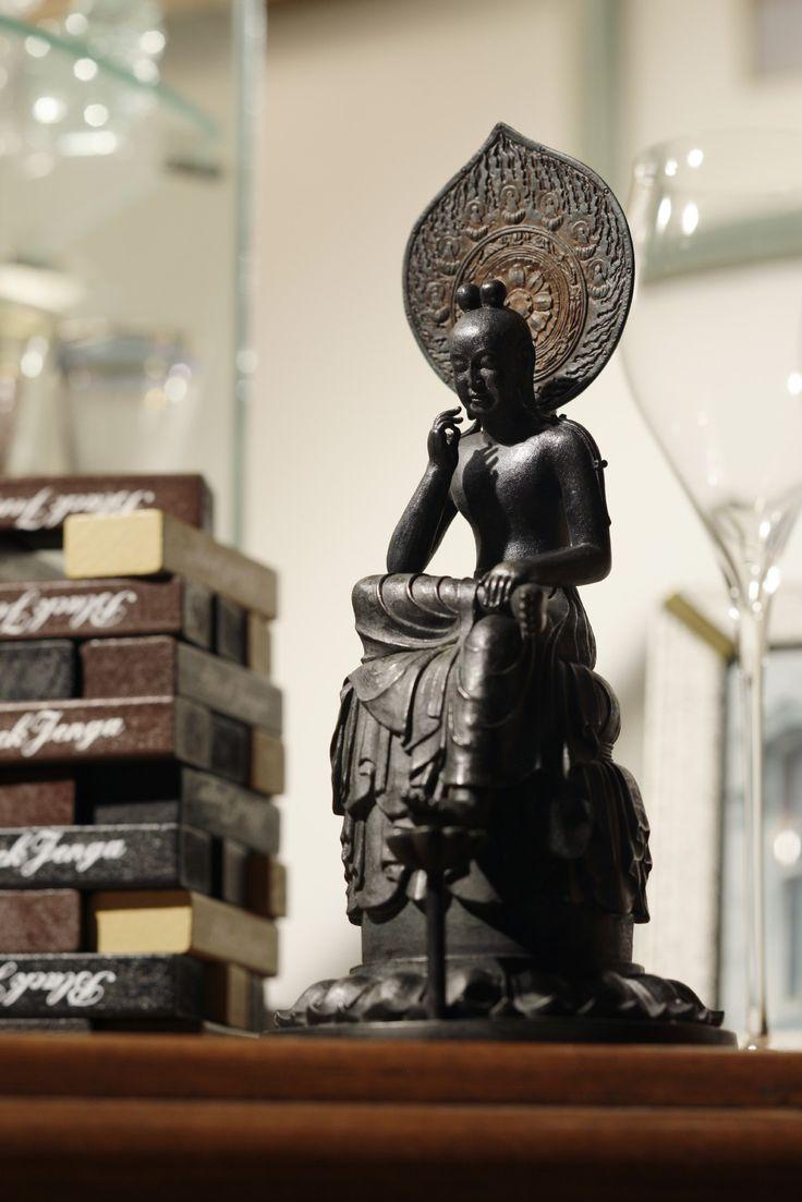 jap b0ndage 28 「仏像フィギュアのイスムウェブショップ」で取り扱う商品「TanaCOCORO[掌]