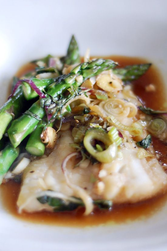 A Fast and Easy Must Make: Cod With Asparagus En Papillote - www.yumsugar.com