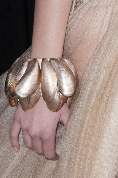 Exhibition Shell Necklace : Best images about jewelry on pinterest