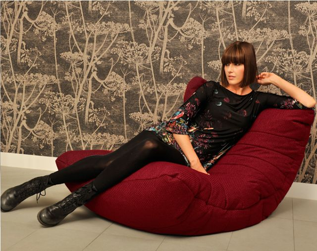 IU Free: 싱글족을 위한 1인용 쇼파 엠비언트라운지(Ambient Lounge) - 세계 1위 영국 브랜드 Acoustic Sofa 빈백 디자인 쇼파