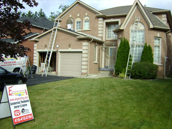 Toronto Residential Painters has helped us reach new heights in painting and decorating businesses in Toronto.