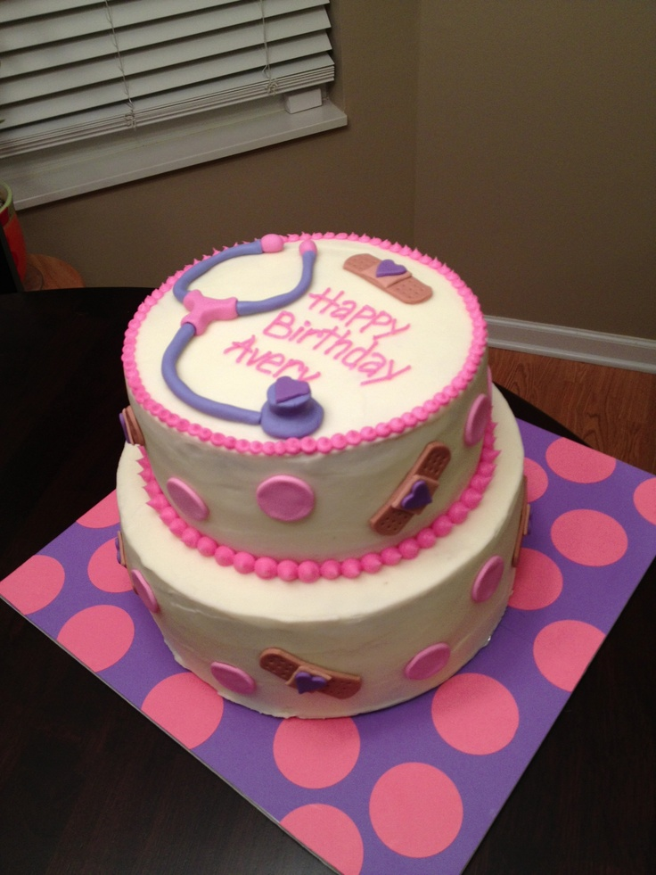 Doc McStuffins cake :-)! Libby would LOVE this