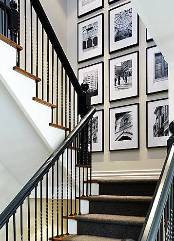 Picture display for stairs
