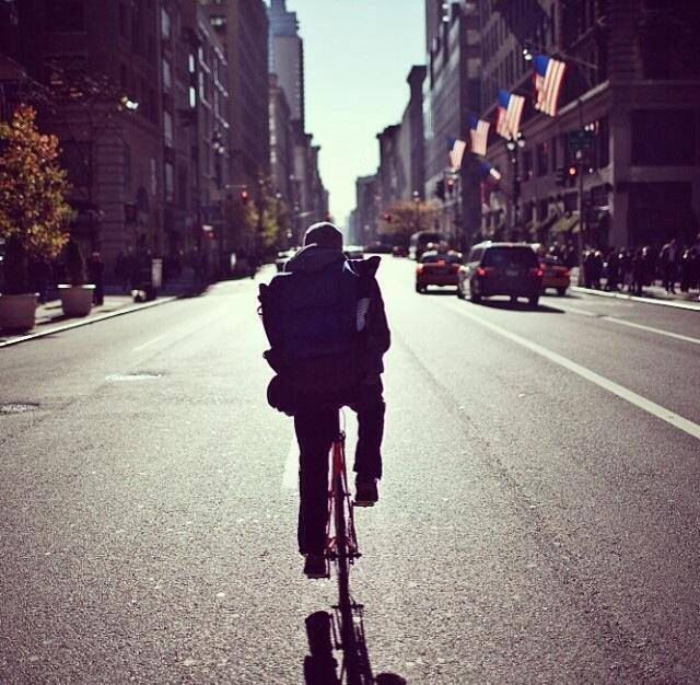 NYC bike messenger