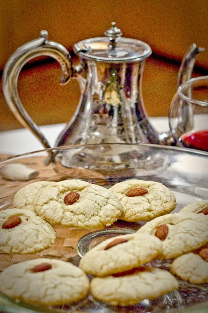 Cooking: Almond Cardamom Cookies 2 Ways, Gluten Free and/or Vegan