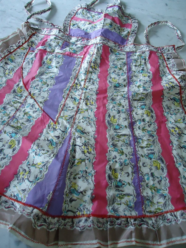 Horrockses fabric apron