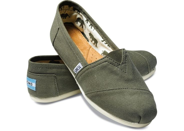 TOMS Classics in olive canvas: Grey Toms, Toms Shoes, Olives Canvas, Women Classic, Green Toms, Everyday Shoes, Canvas Women, Gray Toms, Canvases