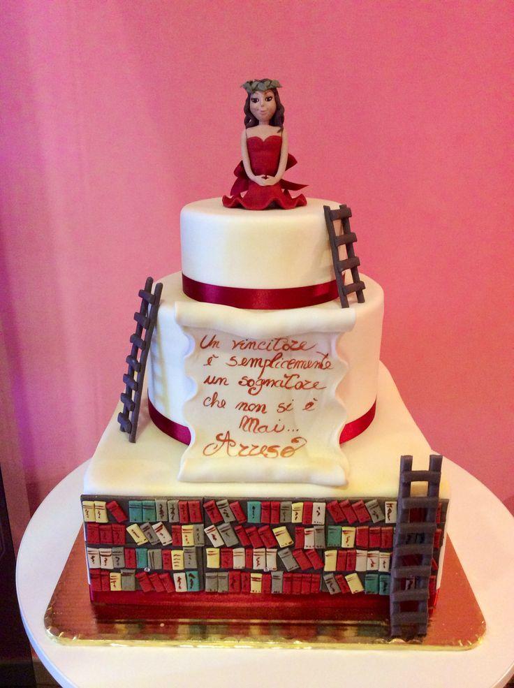 #cakedesign #tortestorte #torte #cake #cerimonie #lauree