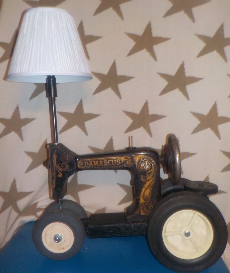 1925 Damascus Treadle Sewing Machine Recycled into a Tractor Lamp