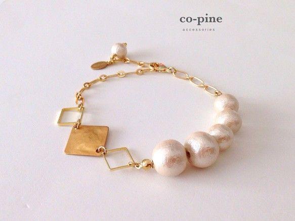 *** pearl & square chain bracelet A ***美しい艶と軽やかさが魅力のコットンパールとスクエアプレートのブレスレット...|ハンドメイド、手作り、手仕事品の通販・販売・購入ならCreema。