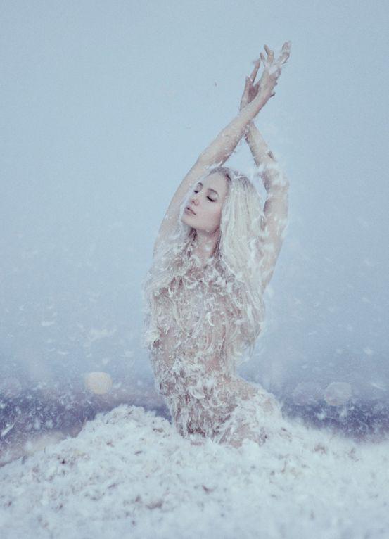 Fantasy | Magic | Fairytale | Surreal | Myths | Legends | Stories | Dreams | Adventures | Feathers