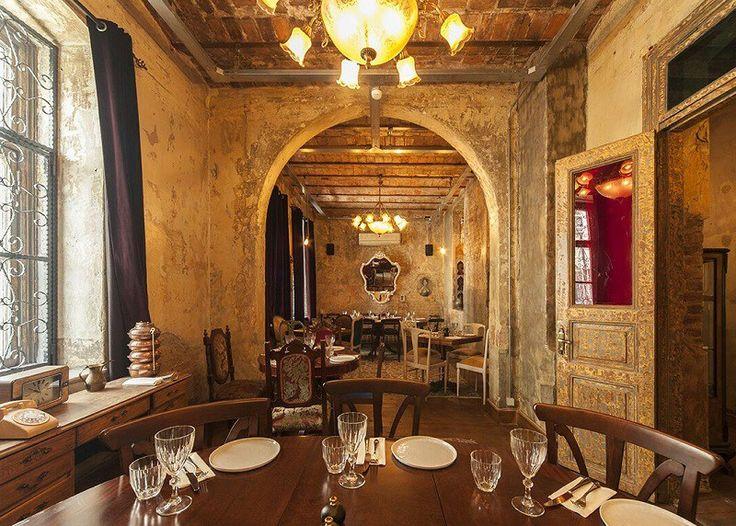 Karaköy'de gözlerden uzakta yemek ve eğlence: Andrea