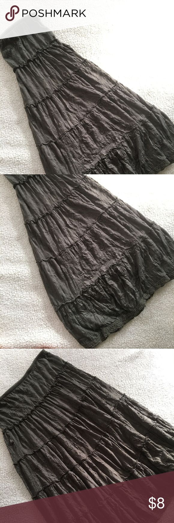 Boho Olive Maxi Skirt XL Size XL. Olive green Maxi Skirt. Skirts Maxi
