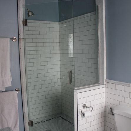 18 Best Images About Bathroom Makeover Idea 39 S On Pinterest