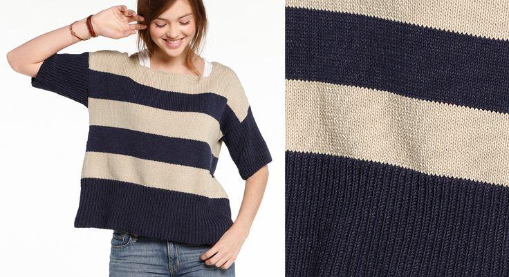 Adoptez ce pull évasé aux rayures sable et indigo pour un look tout en décontraction. Et tricotez le modèle pour homme coordonné. Tailles : a) 34/36 – b) 38/40 – c) 42/44 – d) ...