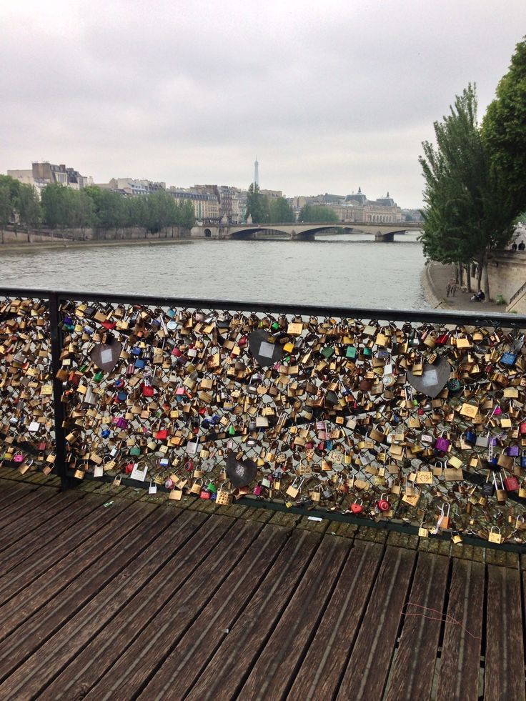 35 best images about hearts locked paris 8 24 13 on for Love lock bridge in paris