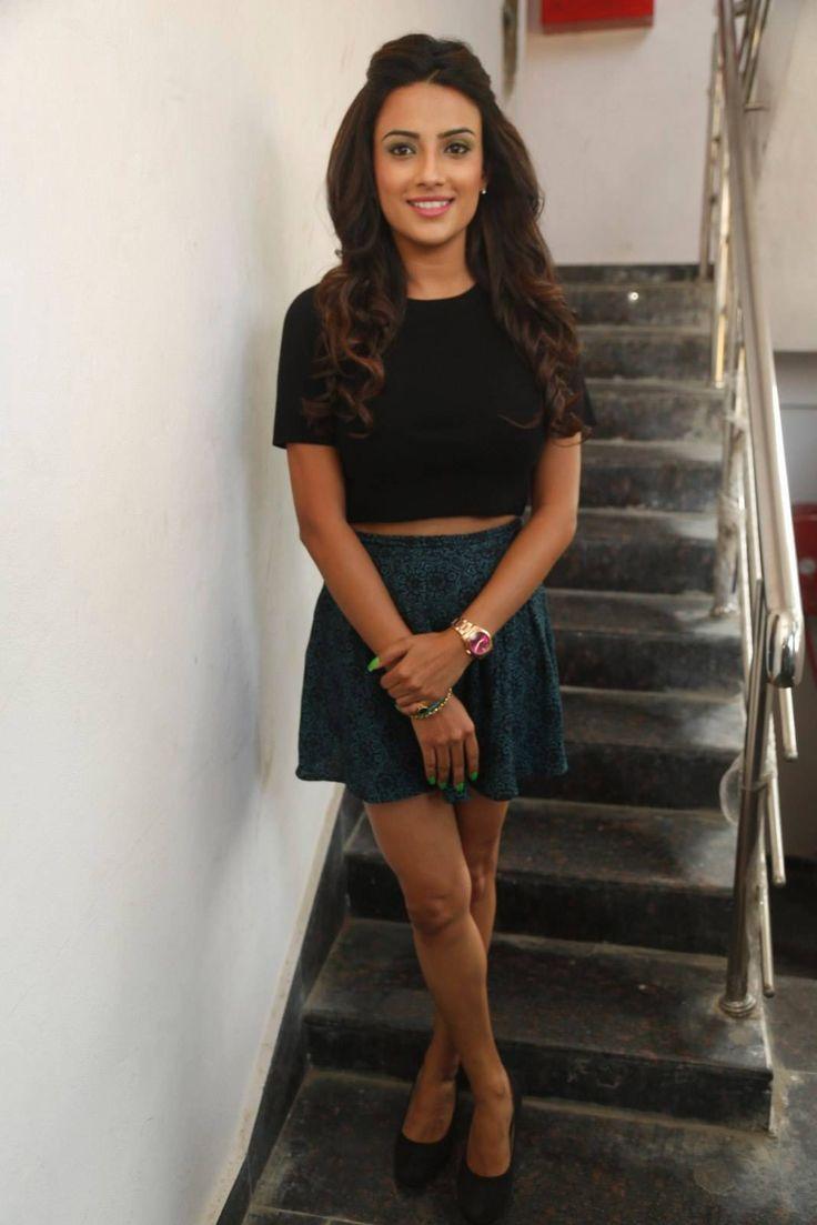 Jyothi Seth at Natural Salon Launch photos