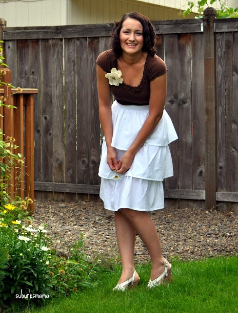super cute dress, great tutorial @ Suburbs MamaSuburbs Mama, Sewing Projects, Shabby Apples, Apples Dresses It, Tiered Dresses, Inspiration Dresses, Diy Shabby, Clothing Makeovers, Apples Inspiration
