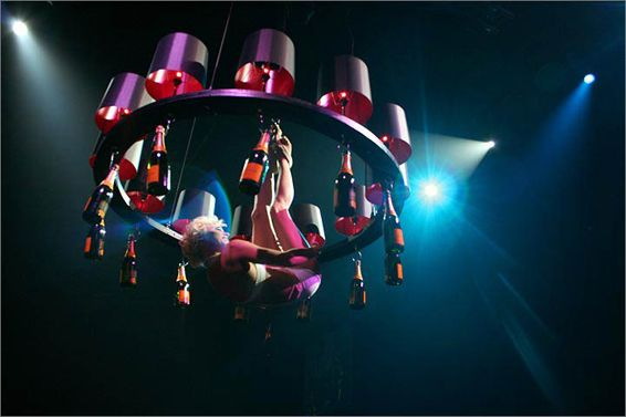 Happy Hour Chandelier: a 'dancing angel' hanging from a chandelier serves your guests champagne