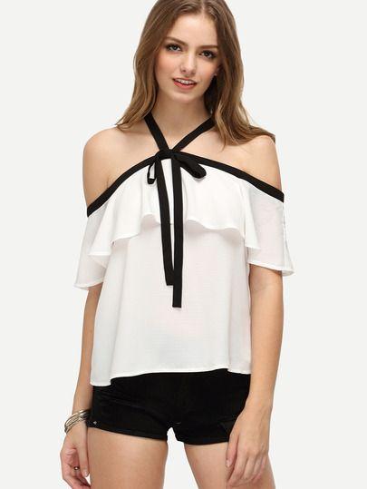 Blusa volantes hombro al aire -blanco                              …